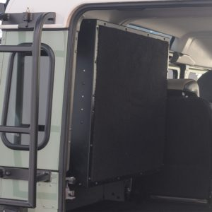 Front Runner Gullwing Box - Land Rover Defender TD4